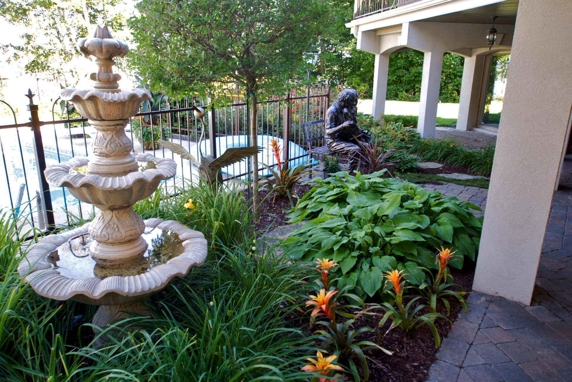 Fontaine et paysagement